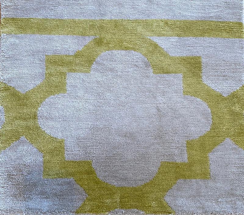 402 Solara; Chartreuse